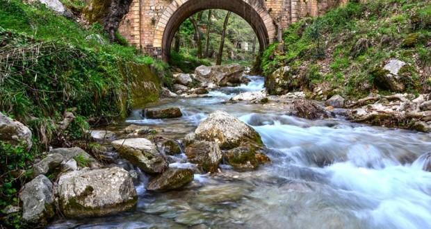 Μουσική Βραδιά – River Party ,στο πέτρινο γεφύρι της Μυρτιάς