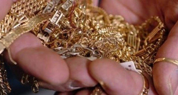 Αγρίνιο: Άρπαξαν με τη μέθοδο της απασχόλησης χρυσαφικά αξίας 8.000 ευρώ!
