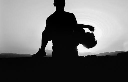 ΔΗΠΕΘΕ Αγρινίου- «Εκάβη, μια πρόσφυγας», με  τη Δέσποινα Μπεμπεδέλη.Στα Αρχαία Θέατρα  Στράτου και  Δήλου