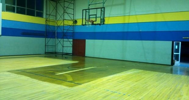 Mεσολόγγι: Κλειστό Γυμναστήριο: Η αντικατάσταση των μπασκετών, η επισκευή της σκεπής και των αποδυτηρίων, δεν μπορούν να περιμένουν!
