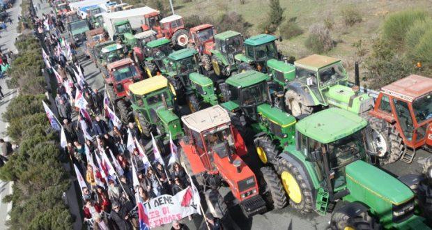 Απάντηση του Σταύρου Αραχωβίτη σε ερώτηση του Νίκου Μωραΐτη για τις επιδοτήσεις των αγροτών