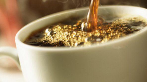 Καφές: Κανονικός VS ντεκαφεϊνέ – Τι σας προσφέρει το κάθε είδος