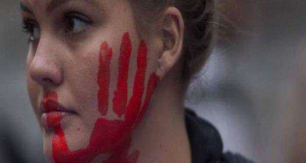 1 στους 3 Έλληνες θεωρεί ότι σε κάποιες περιπτώσεις ο βιασμός δικαιολογείται