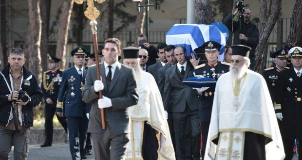 Η Ελλάδα αποχαιρετά τον Κωστή Στεφανόπουλο – Με τιμές αρχηγού κράτους η εξόδιος ακολουθία