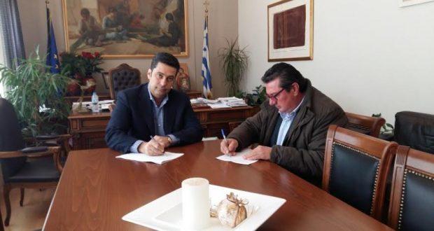Έργα οδοποιίας στον Δήμο Αγρινίου – Υπογραφή σύμβασης από τον Γ. Παπαναστασίου