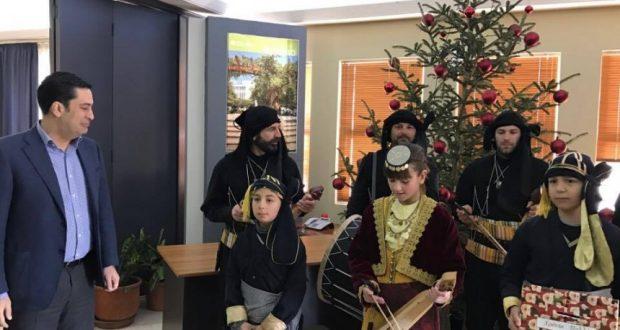 Οι Πόντιοι τα «έψαλλαν» στον Δήμαρχο Αγρινίου, Γιώργο Παπαναστασίου