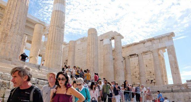 Πόσοι τουρίστες έφτασαν στην Ελλάδα το 2016