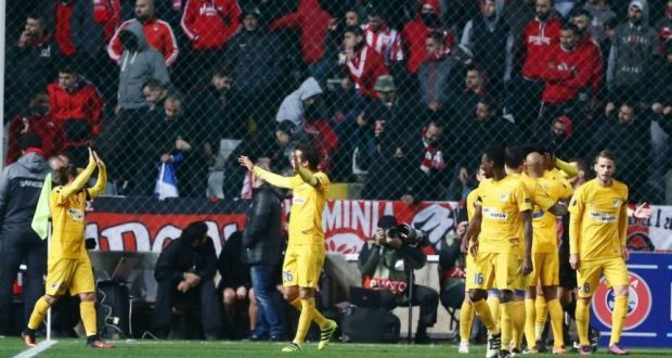 UEFA Europa League: «Το κίτρινο, το μπλε» άφησε δεύτερο τον Ολυμπιακό!