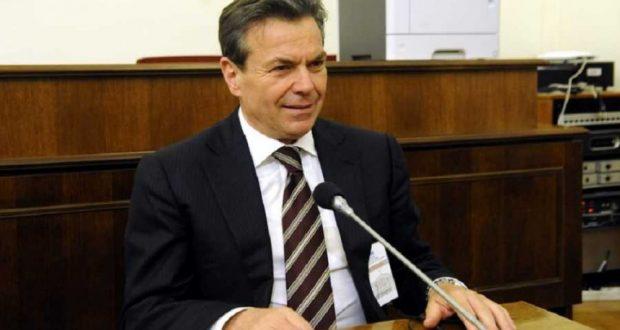 Πετρόπουλος: Το ΕΚΑΣ θα διατηρηθεί για ΑμεΑ με ποσοστό αναπηρίας άνω το 80%