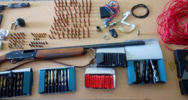 Συνελήφθη ημεδαπός στην Ηλεία, που κατείχε παράνομα μια καραμπίνα και 140 κροτίδες