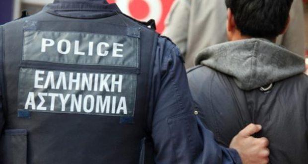 Σύλληψη δυο αλλοδαπών στην Εθνική οδό Αντιρρίου Ιωαννίνων για παράνομη διαμονή στη χώρα
