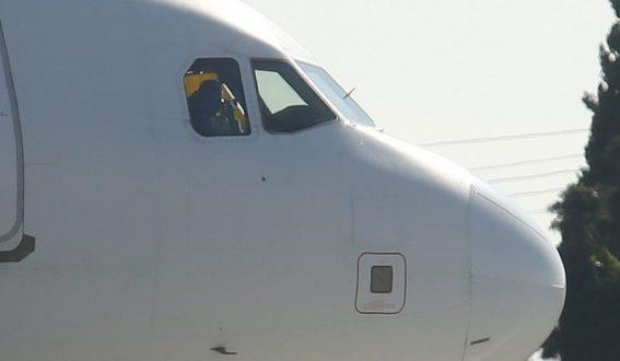 Αεροπειρατεία στη Μάλτα! Ζητούν την απελευθέρωση του γιου του Καντάφι – Άφησαν 65 ομήρους