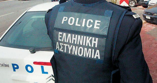 Αγρίνιο: Οδηγός παρέσυρε και τραυμάτισε εν υπηρεσία αστυνομικό σε πεζόδρομο!