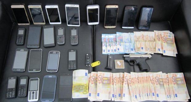 Εξαρθρώθηκε κύκλωμα που μετέφερε παράνομους αλλοδαπούς από την Ελλάδα στην Ευρώπη