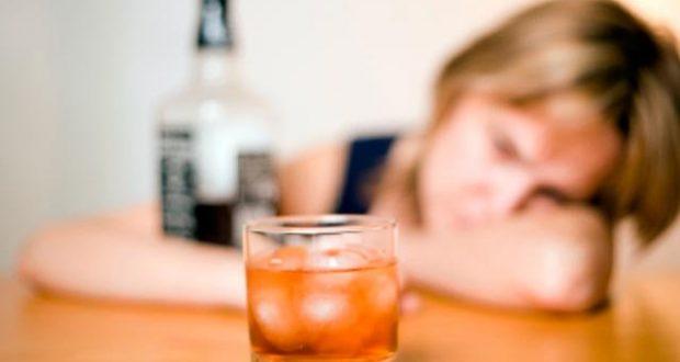 Πόσο χρονικό διάστημα μένει το αλκοόλ στον οργανισμό μας;