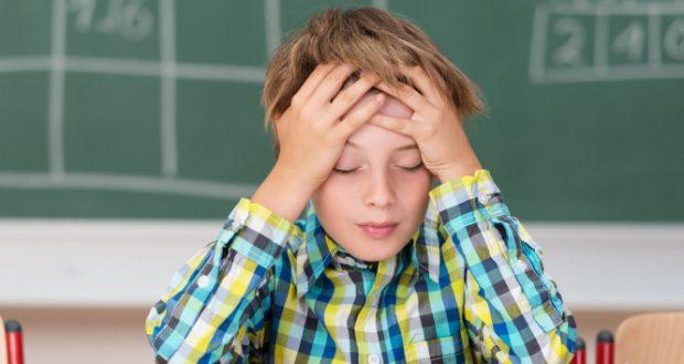 Δυσλεξία: Ποια συμπτώματα θα φανούν ανάλογα με την ηλικία του παιδιού