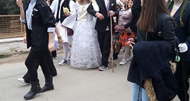 Με πολύ κέφι αναβίωσε ο «βλάχικος γάμος» στην Πάλαιρο!