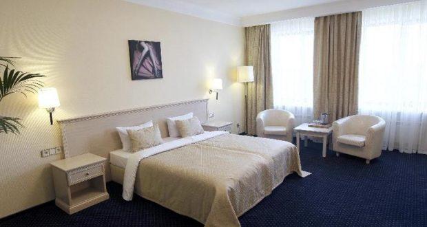 Αγρίνιο: 27χρονος έκλεψε 3000 ευρώ από Αλβανό σε δωμάτιο ξενοδοχείου