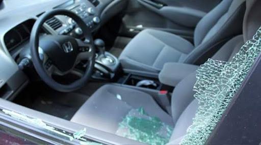 Μεσολόγγι: Πήγε να φωτογραφίσει την Κλείσοβα και του έσπασαν το αυτοκίνητο