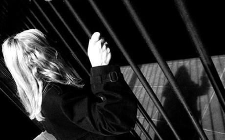 Αγρίνιο: 19χρονη είχε «παρελθόν» και προφυλακίστηκε για κλοπή 50 ευρώ