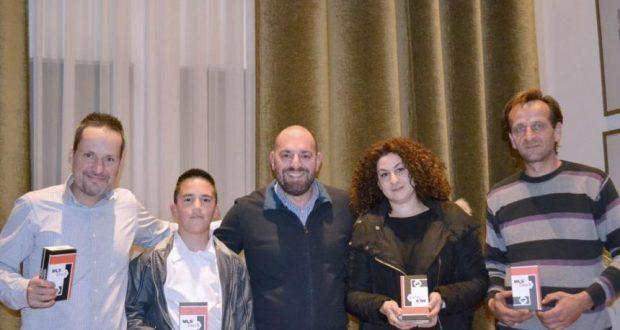 Η παράδοση των κινητών MLS στους νικητές του διαγωνισμού του Agrinio937 fm – AgrinioTimes.gr (Φωτογραφίες – Βίντεο)