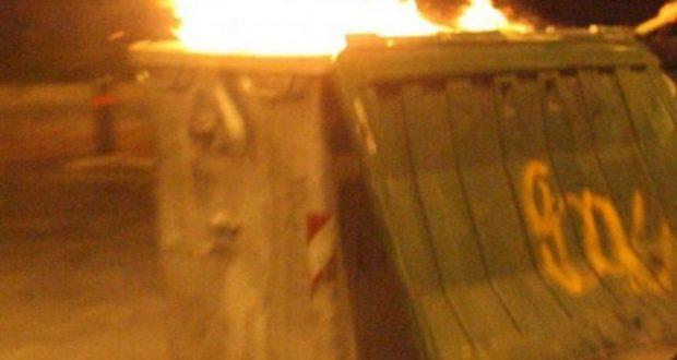 Αγρίνιο: Πυρκαγιά σε κάδους απορριμμάτων