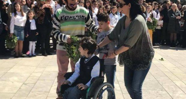 Αγρίνιο: Η κατάθεση στεφάνων στην πλατεία Δημάδη (Μεγάλο φωτορεπορτάζ του AgrinioTimes)