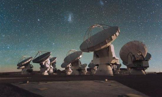 Ανακαλύφθηκαν η πιο μακρινή αστρόσκονη και το πιο μακρινό οξυγόνο στο σύμπαν