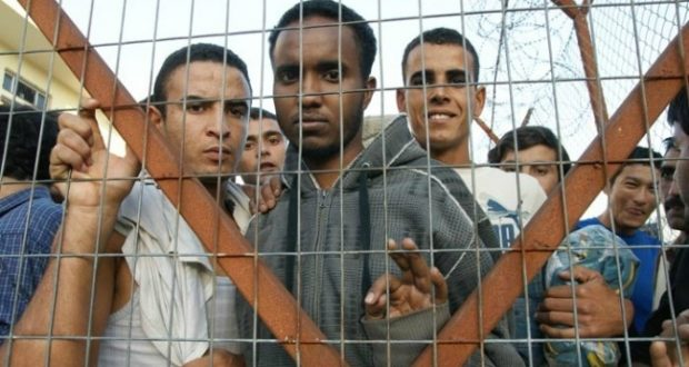 Kρούσματα ψώρας, σε μετανάστες, στα κρατητήρια του Τμήματος Μεταγωγών Δικαστηρίων Αγρινίου