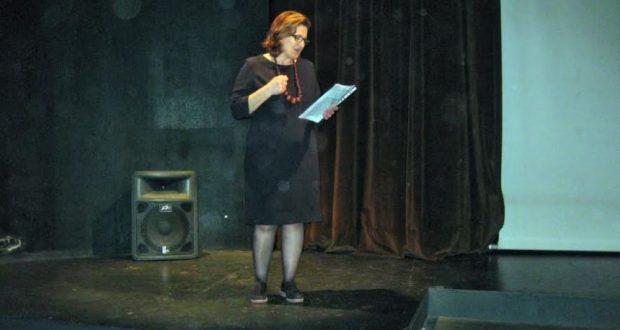 Η Καθηγήτρια, Δημοβασίλη Βενετία στο AgrinioTimes.gr για το έργο «Καυγάδες στην Κιότζα»