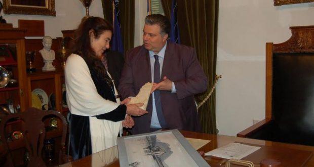 Εορτασμός της 25ης Μαρτίου παρουσία της Υπουργού Πολιτισμού Λυδίας Κονιόρδου – Συνάντηση με το Δήμαρχο Ιερής Πόλης Μεσολογγίου Ν. Καραπάνο