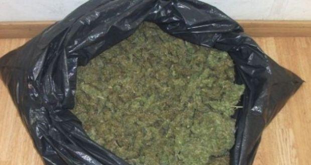 Συλλήψεις ανηλίκων και ενός 19χρονου για ναρκωτικά στο Αγρίνιο