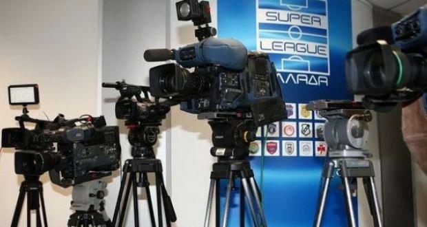 Η αποκλειστικότητα της NOVA με 8 ΠΑΕ της Super League