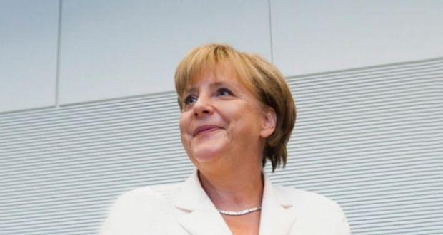 Η Μέρκελ καταδικάζει τη στοχοποίηση των Ελλήνων