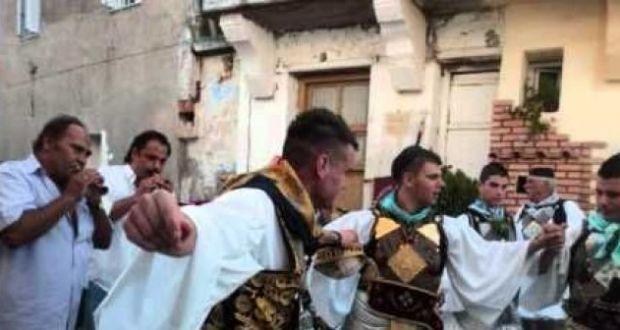 Αγιαγάθη: Χωρίς ζουρνάδες και νταούλια μέχρι το αντάμωμα με τους Σταμνιώτες πανηγυριστές λόγω πένθους