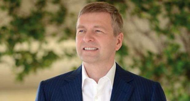 Η άγνωστη ζωή του Ντμίτρι Ριμπολόβλεφ, ιδιοκτήτη του Σκορπιού