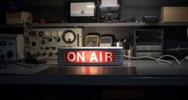 Και με τη βούλα νόμιμες οι χορηγίες στις ραδιοφωνικές εκπομπές