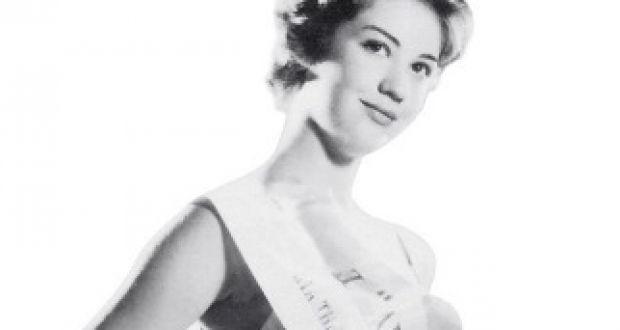 Ζωή Λάσκαρη: Όταν σε ηλικία 15 ετών στέφθηκε η ομορφότερη Ελληνίδα – Σπάνιες φωτογραφίες