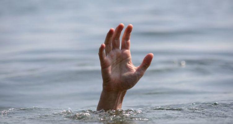 Ηλικιωμένος ανασύρθηκε από τη θάλασσα χωρίς τις αισθήσεις του