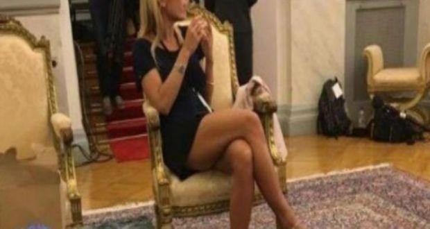 Oh là là! «Φωτιά» η Γαλλίδα δημοσιογράφος στο Προεδρικό! (Φωτογραφία)