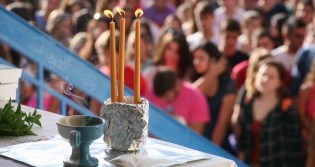Πότε ανοίγουν τα σχολεία: Τι ώρα θα γίνει ο Αγιασμός – Όλα όσα αλλάζουν από φέτος