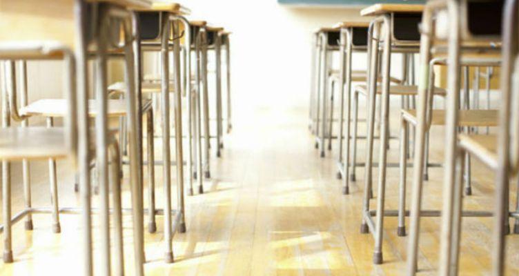 «Κοπάνα» για έναν στους δύο μαθητές με το… καλημέρα στα σχολεία