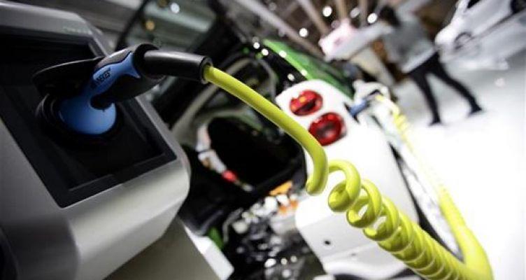 Οι Βρυξέλλες θέλουν μια «Airbus μπαταριών» για ηλεκτρικά οχήματα!
