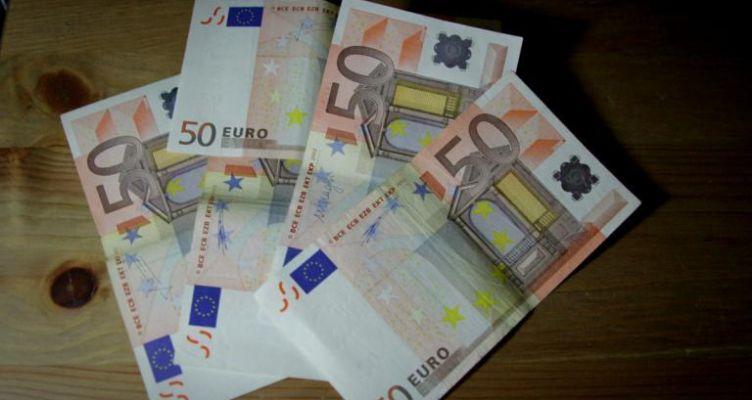 Πρόταση-βόμβα στο ΥΠΟΙΚ για χρήση μετρητών με ανώτατο όριο τα 50 ευρώ!