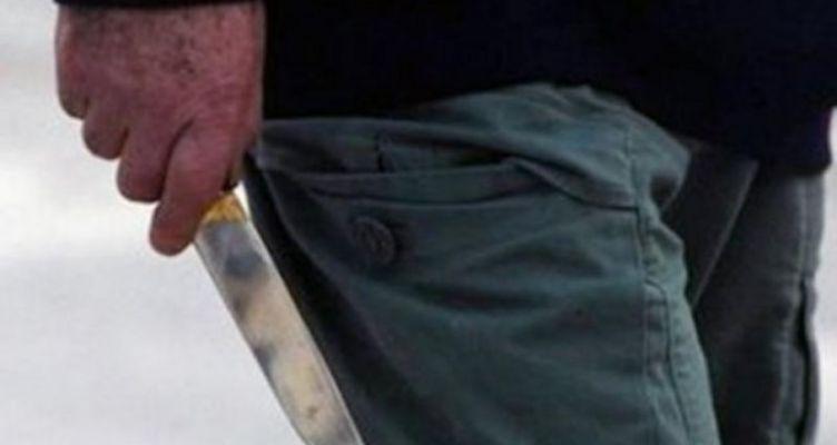 Αγρίνιο: 37χρονος με κουζινομάχαιρο σε Τράπεζα – Συνελήφθη και θα οδηγηθεί στον Εισαγγελέα