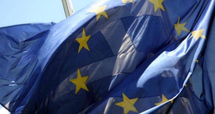 Economist: «Μαραθώνιος για την Ελλάδα η επιστροφή στην κανονικότητα»