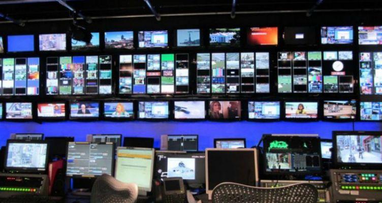 «Αγκομαχούν» τα ελληνικά κανάλια – Τι συμβαίνει με τα διαφημιστικά πακέτα