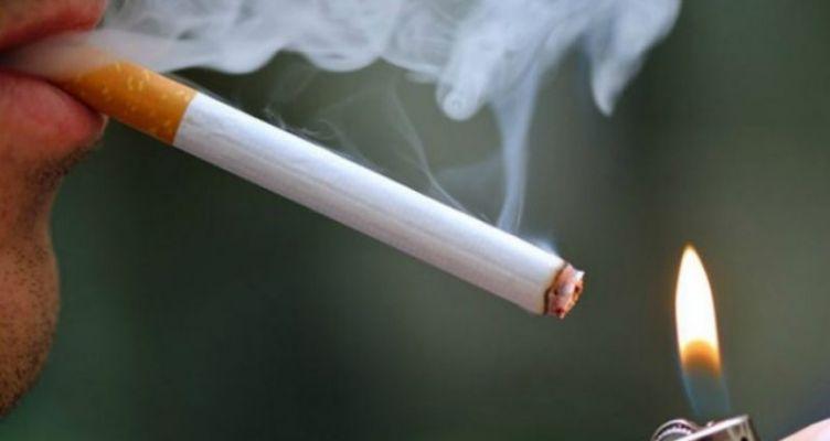 Έρευνα: Πρώην και «λάιτ» καπνιστές δεν γλιτώνουν τη ζημιά στους πνεύμονες τους