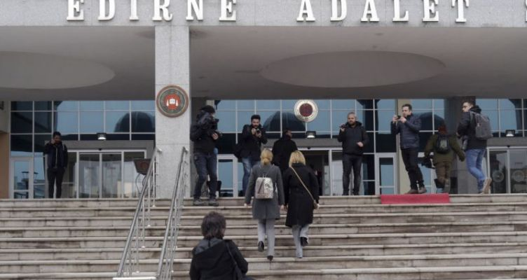 Σε διαφορετικό δικαστήριο προσέφυγαν οι δικηγόροι των δύο Ελλήνων στρατιωτικών
