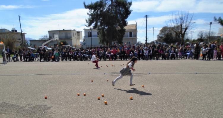 «Πορτοκαλύβια»: Χαρούμενη γιορτή στο Δημοτικό Σχολείο Καλυβίων